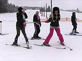Nicoletta, Linda, Betty and Lilly skiing