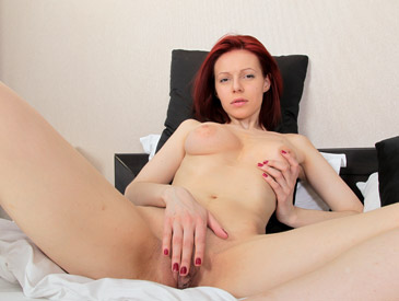 Shanvia plays with her large labia
