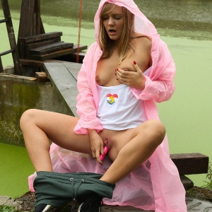 Fingering in the rain