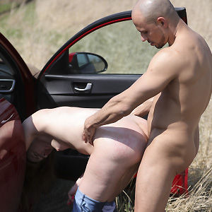Hot hitchhiker gets pounded