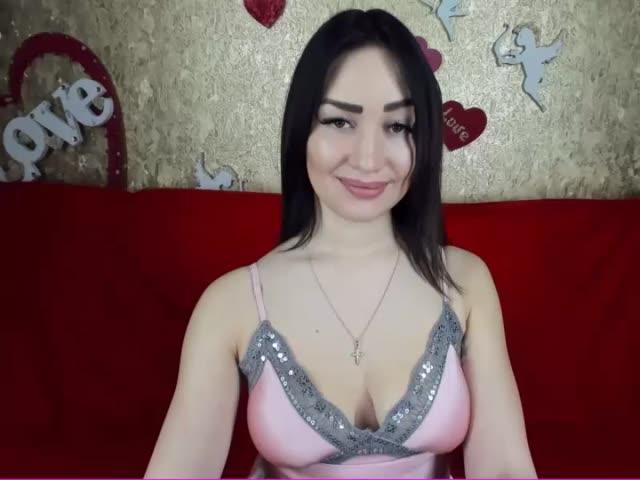 LolaTaylor Webcam