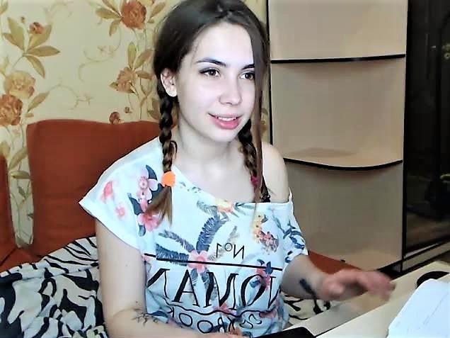 teen cam girl Malvina